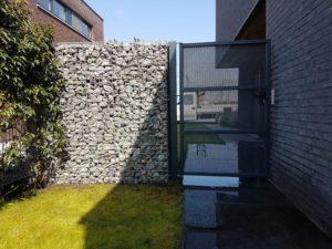 perfo poortje met stenen afsluiting